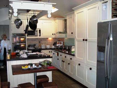 Cyberlog New Bespoke Kitchen Designglasgow